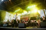 O całość oprawy muzycznej uroczystego otwarcia zadbał dobrze znany trzebnickiej publiczności zespół Dziubek Band.
